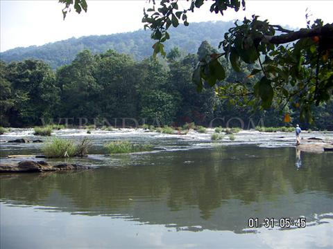 Athirappilly,