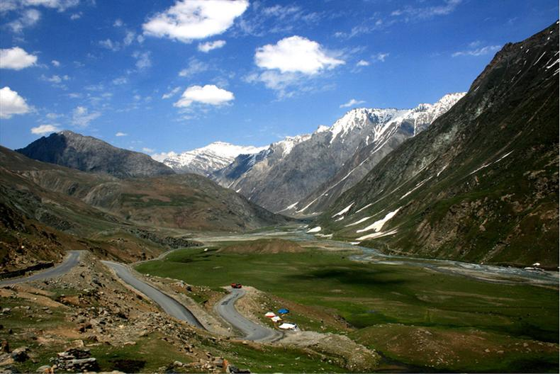 HIMALIYAN MOUNTAINS