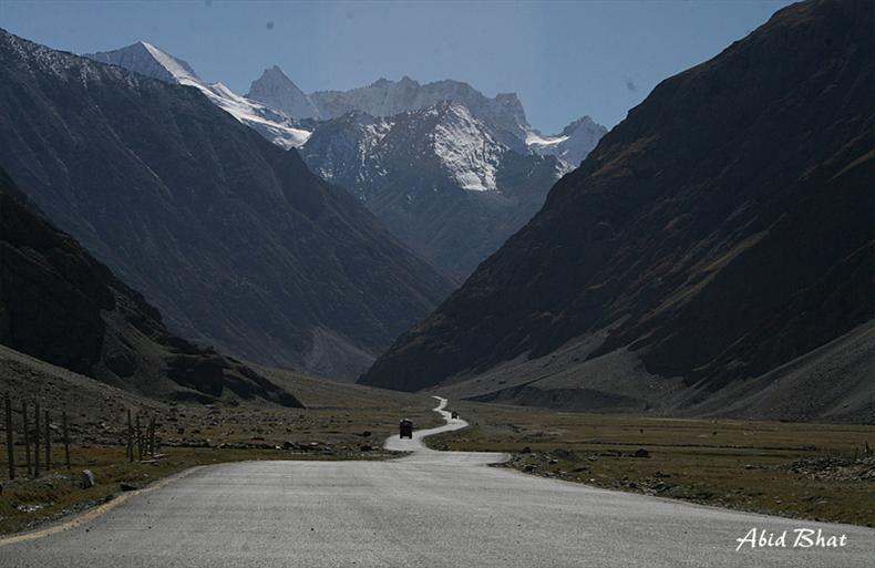 Srinagar - Leh Road
