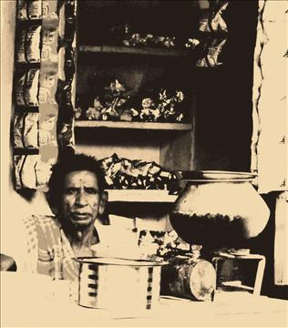 the tea snacks stall owner