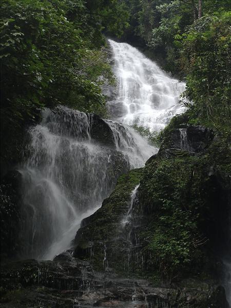 Kanchenjanga Falls