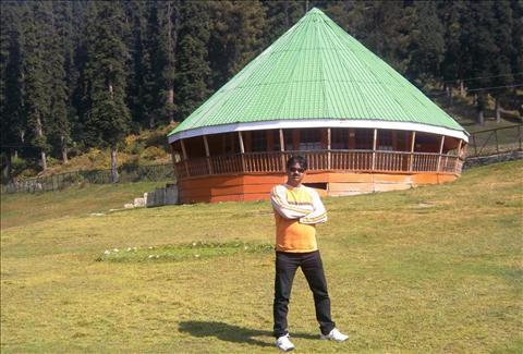 Beauty of Gulmarg on Autunm
