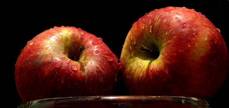 Pair of Apples