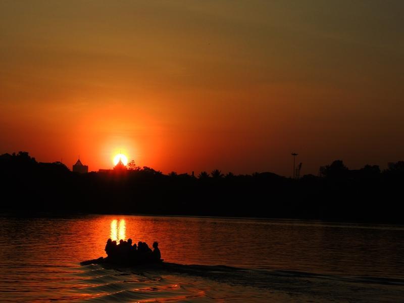 Sailing towards light..