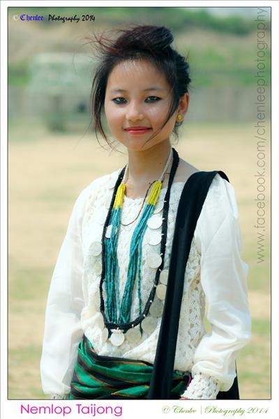 Tangsa girl wearing trditional necklace