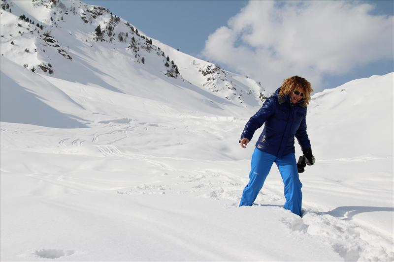 Skiing in Gulmarg, Jammu and Kashmir