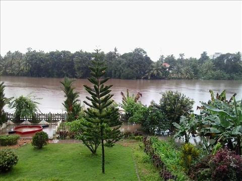flood in periyar