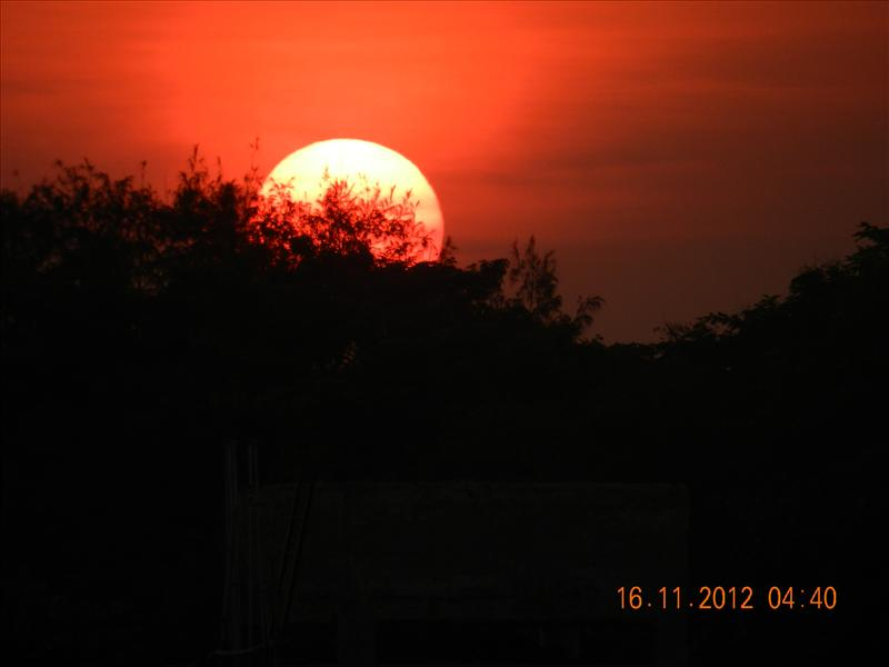 BEAUTIFUL SETTING SUN