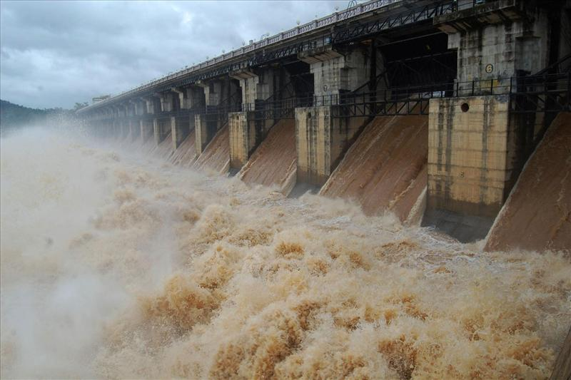 Gajanur Dam across Tunga river in Shimoga, Karnataka