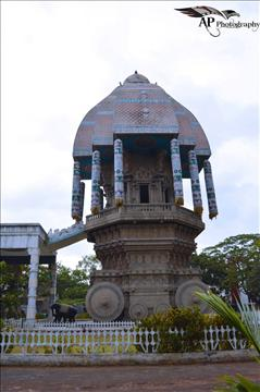 Valluvar Kootam Chariot