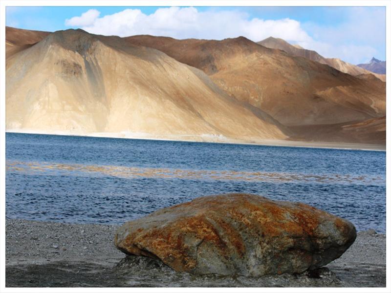 Pangong Tso (Pangong Lake), Ladakh