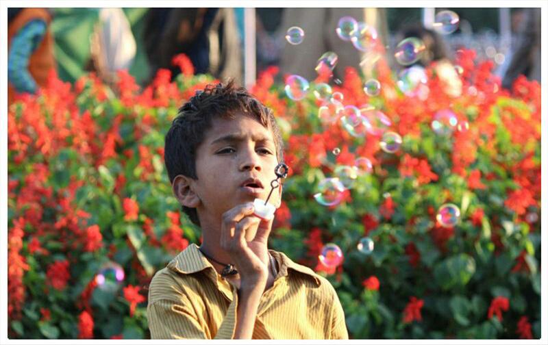 water balloons seller boy