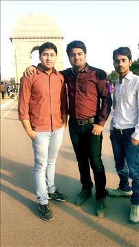 shailesh at india gate