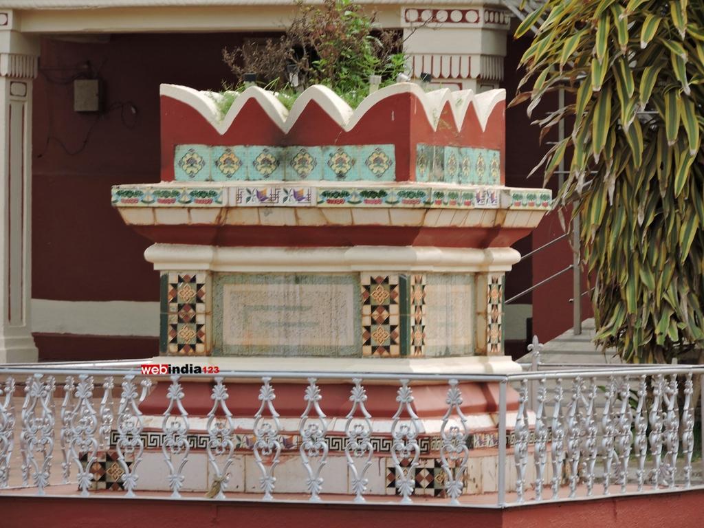 Deepa Stambha (lamp tower) - Shree Shantadurga temple, Goa