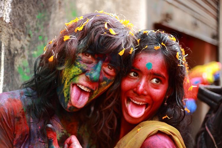 Holi tongue twister
