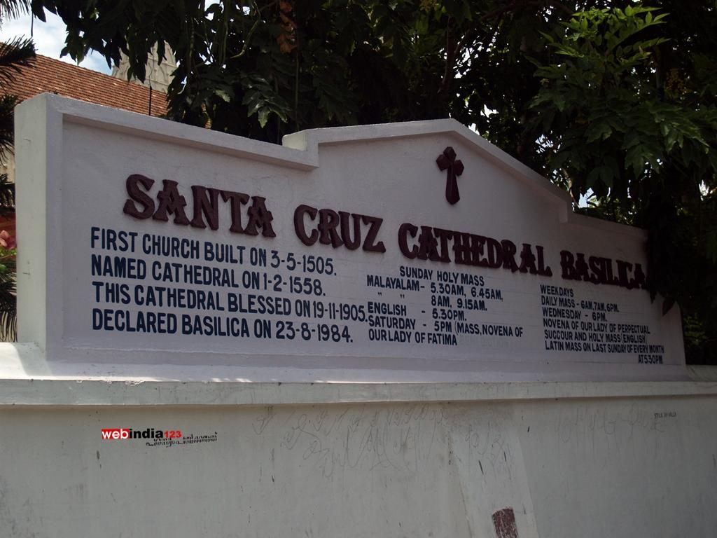 Board - Santa Cruz Basilica