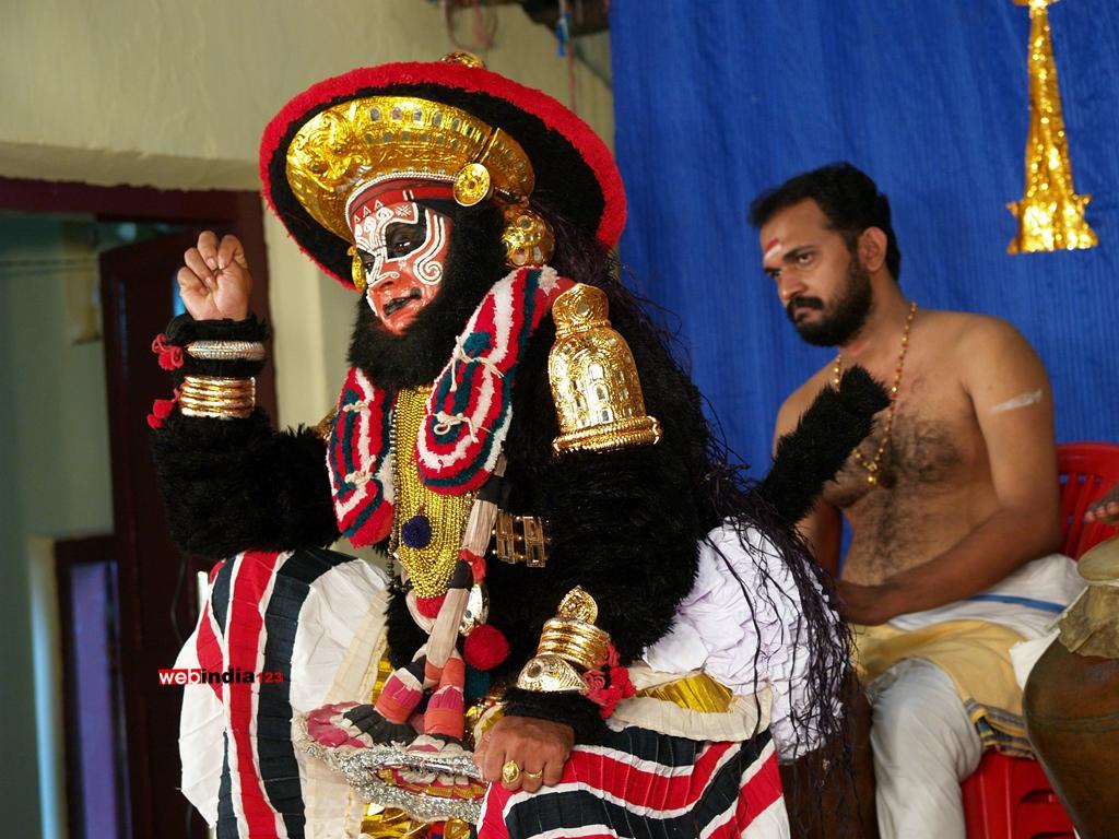 Koodiyattam or Kutiyattam