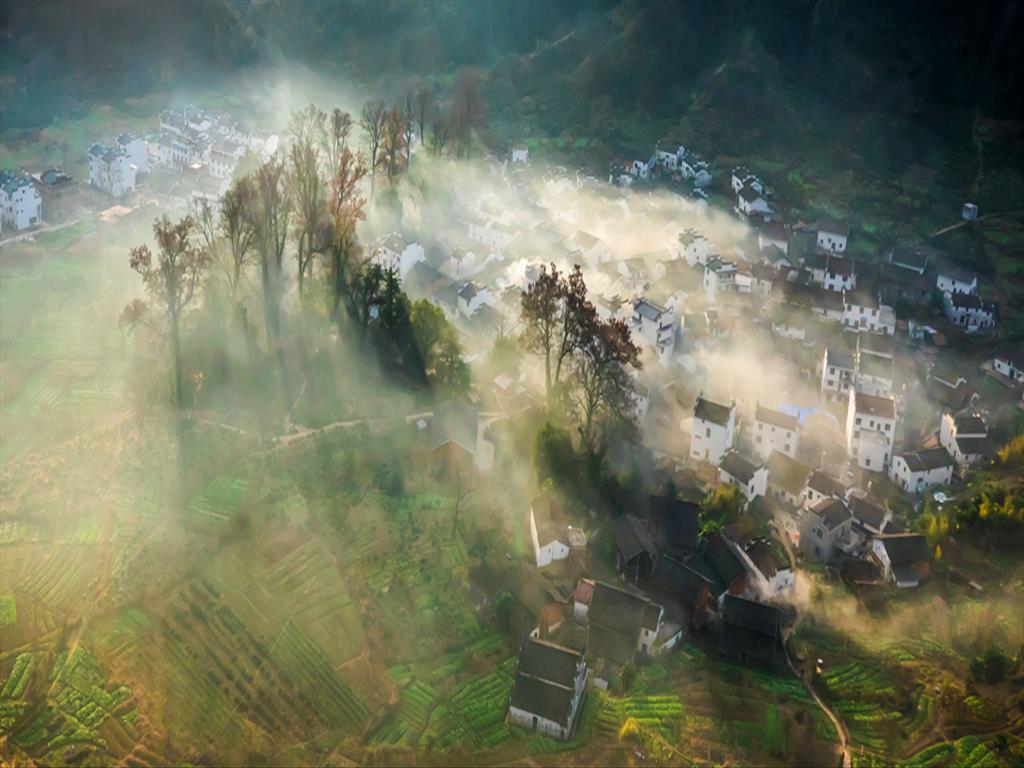 Autumn Days in Jiangxi Wuyuan County