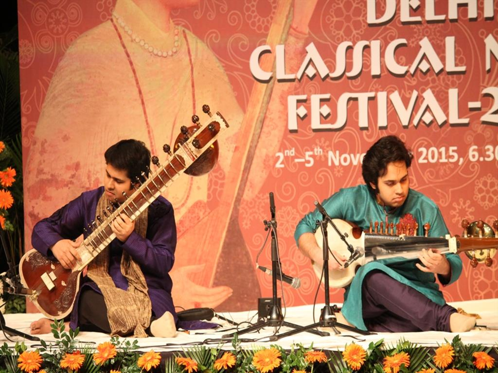 Sitar and Sarod recital by Lakshay Mohan & Ayush Mohan Gupta