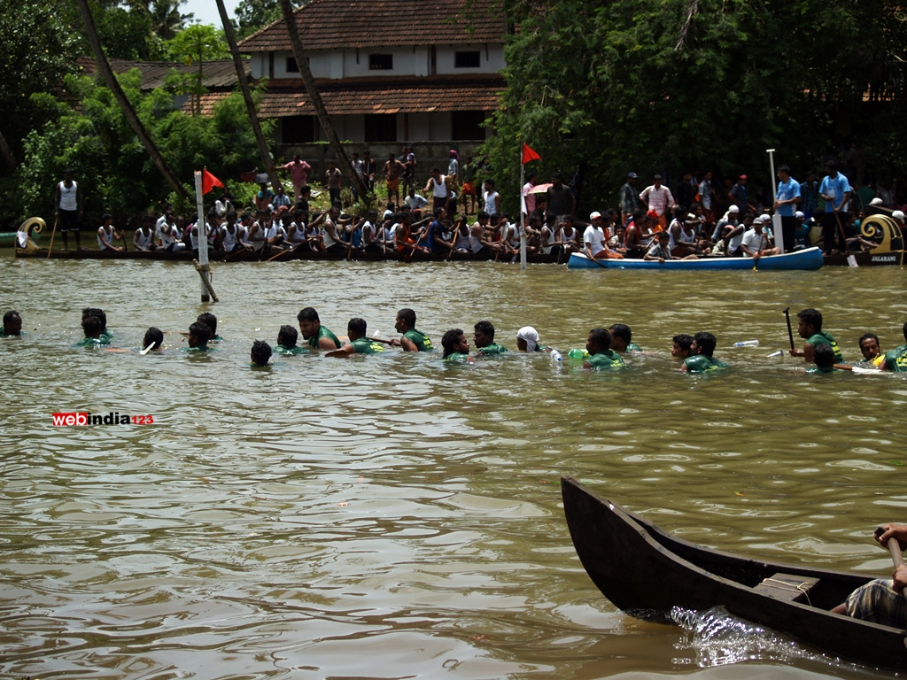 A glimpse from Gothuruth Boat Race