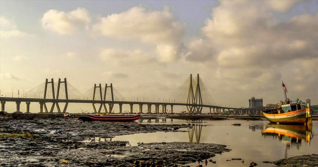Mumbai ~something pulls you here.