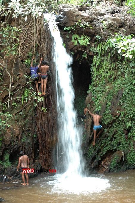Apsara Konda Waterfall