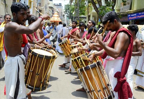 Devotional playing of Chenda