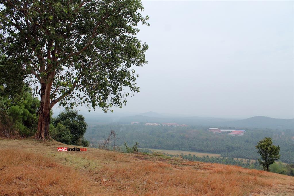 Peruvanmala, Thrissur