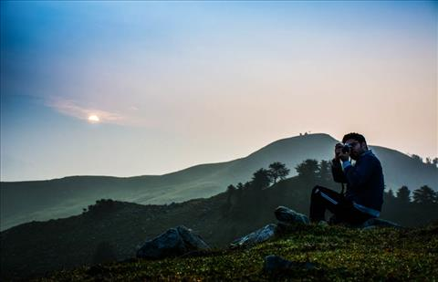 Sunrise at Prashar Lake
