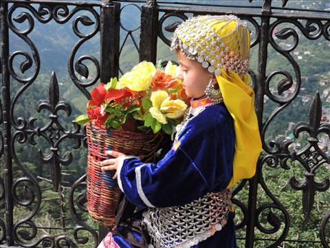 This little girl looks extremely beautiful in this traditional attire.