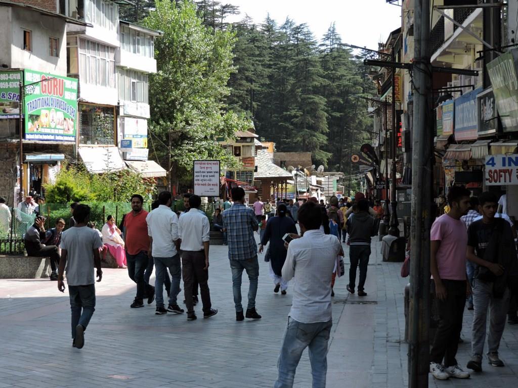 Mall Road, Manali