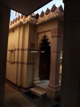 The Dharmanath Jain temple