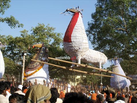 Chinakkathoor Pooram