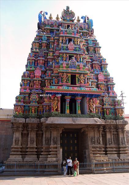 Painted Sculptures At Madurai Meenakshi Temple Madurai