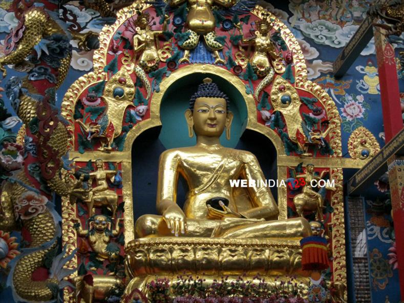 Bylakuppe Golden Temple (Namdroling monastery), Coorg